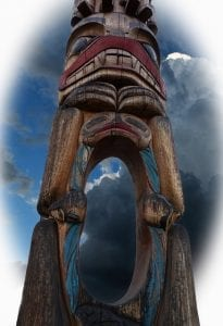 totem pole with hole